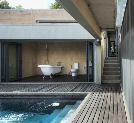 Интериор на баня в двор