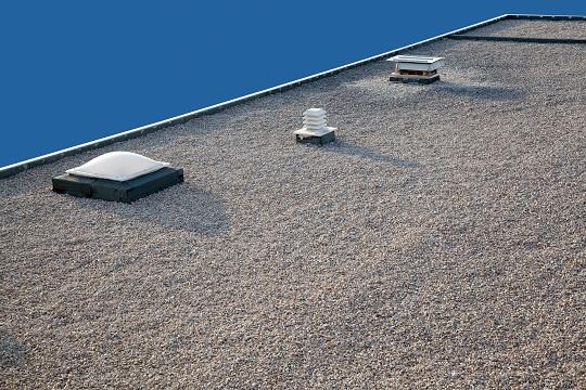 Система за аварийно отводняване на плосък покрив