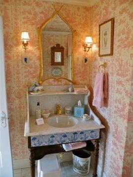 ре-дизайн на баня в стара къща
