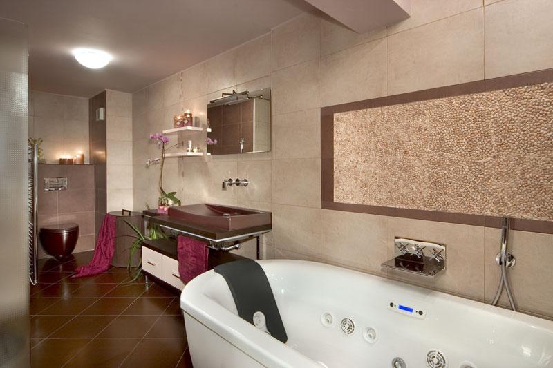 Интериор на голяма баня