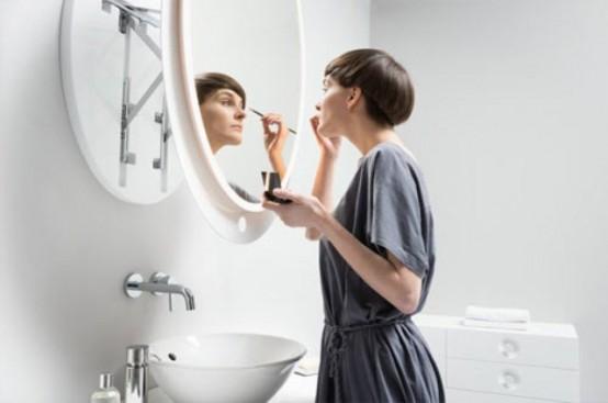 Огледало с рамка за удобство