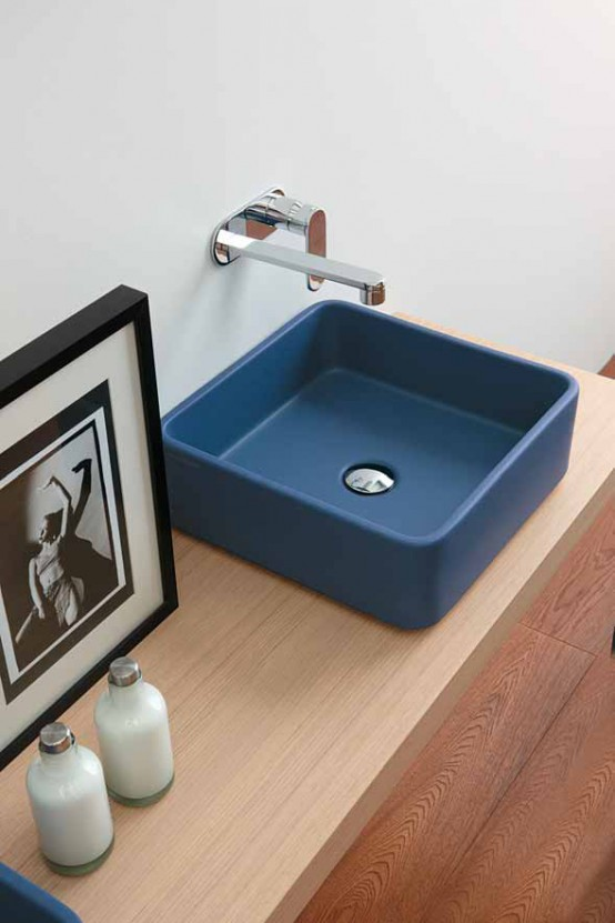 малка синя мивка