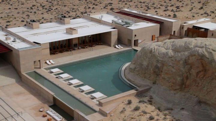 Спа хотел в американската пустиня